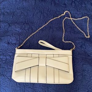 Melie Bianco Vintage Vegan Cream Clutch